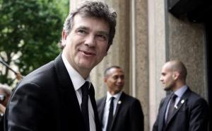 ministre-economie-arnaud-montebourg-a-arrivee-a-conference-sociale-a-paris-7-juillet-2014-1637505-616x380