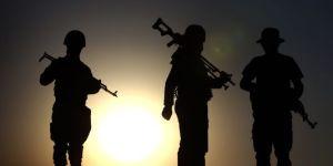 4472316_3_e037_des-combattants-kurdes-a-proximite-de-la_0d8eafa6223f0f6960fade4860b3a947