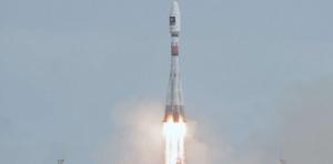 8121516-deux-nouveaux-satellites-galileo-mis-en-orbite-par-soyouz