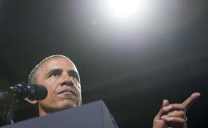 barack-obama-lors-ceremonie-fort-belvoir-etats-unis-7-aout-2014-1657781-616x380