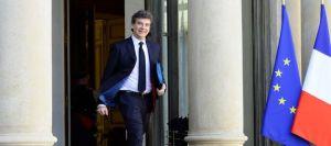 le-ministre-du-redressement-productif-arnaud-montebourg-le-5-mars-2014-a-paris_4822874