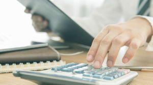 istock-lentreprise-calculette-calculatrice-depenses-argent-comptabilite_5421425