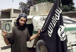 une-photo-non-datee-prise-du-magazine-en-ligne-en-anglais-du-groupe-ei-dabiq-montrant-probablement-abdelhamid-abaaoud_5464480