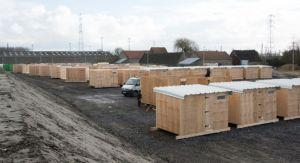857380-le-premier-camp-aux-normes-internationales-constitue-de-maisonnettes-en-bois-installees-a-grande-syn